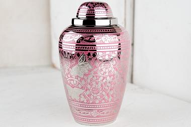 How To Choose The Right Cremation Urn